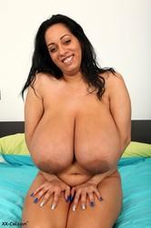 cel Amanda xx big torres tits