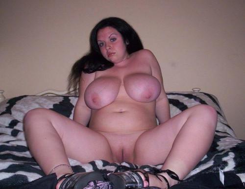 Horny brunette babe masturbates her pussy 5